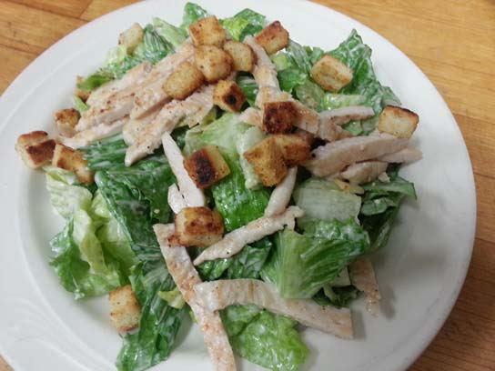 Caesar Sallad with Grilled Chicken